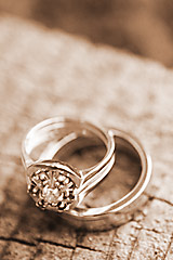 wedding_ring_photo